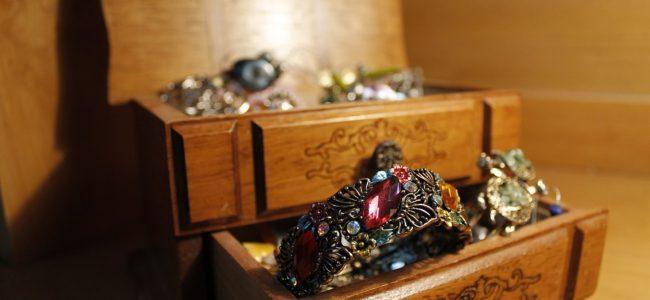 jewels-1090712_960_720